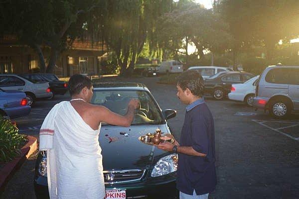 Car Pooja