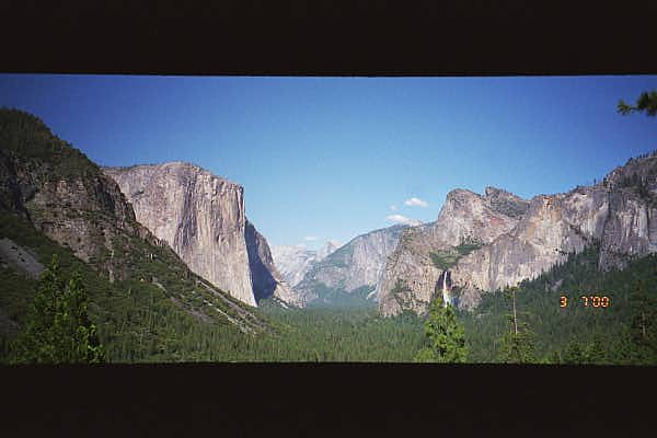 Yosemite : Another Panoramic View